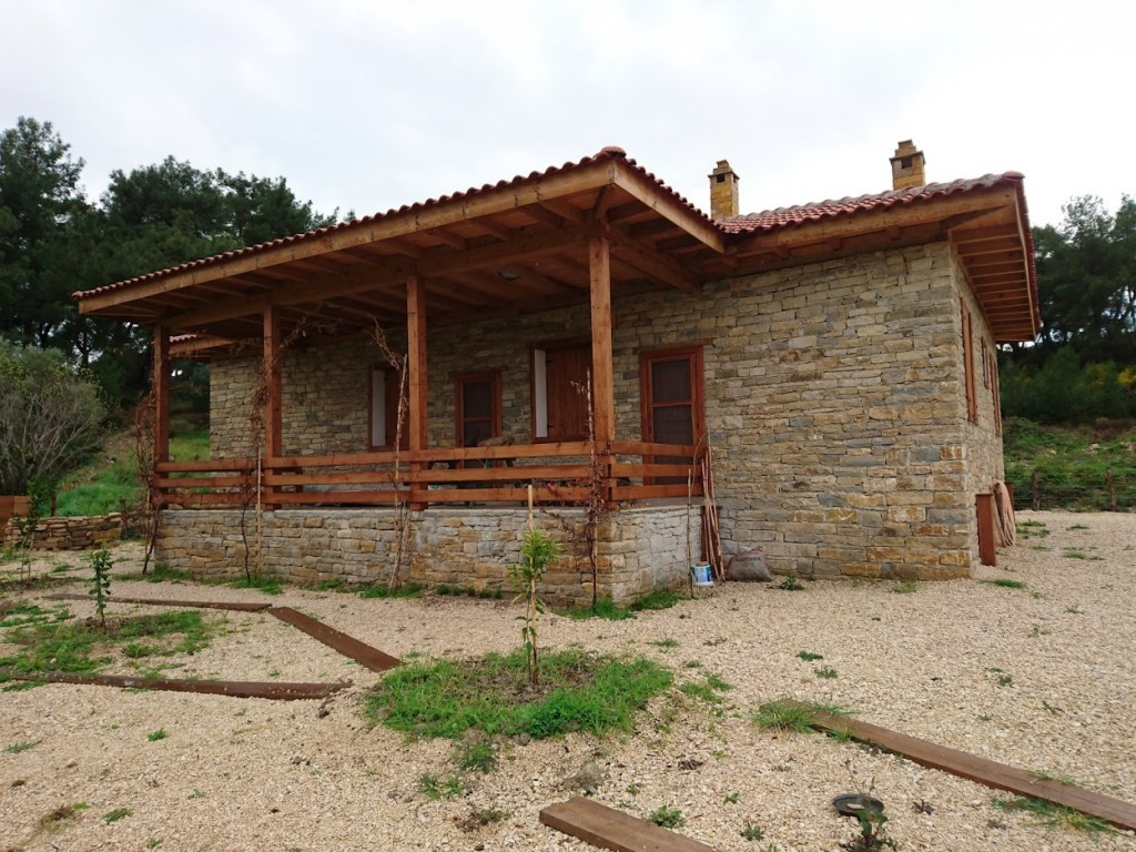 Tek katlı doğal taş ev (1)